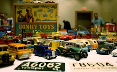 65ˆExchange Festival of vintage Toys and car toys